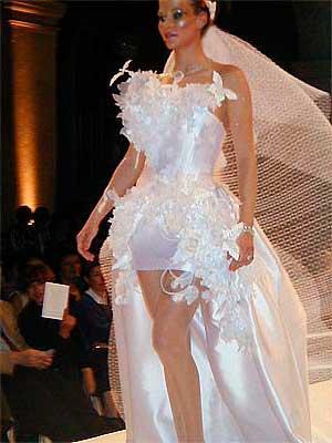 Dicas de Vestidos de noiva curtos com cauda