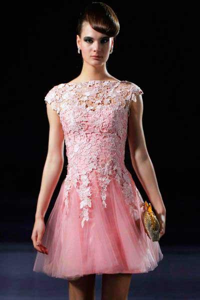 imagens de Vestidos de renda curto rosa