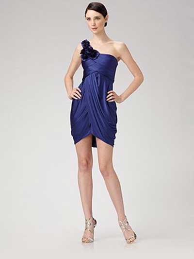 vestido curto da moda