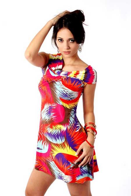 Modelos de Vestidos Coloridos